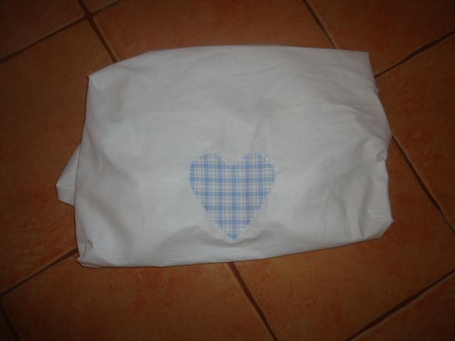 9. Lepedő 100% pamut körben gumis széllel, Pl. 120x60 normál matracra fehér szinben 1600ft szines 1700ft (+minta)