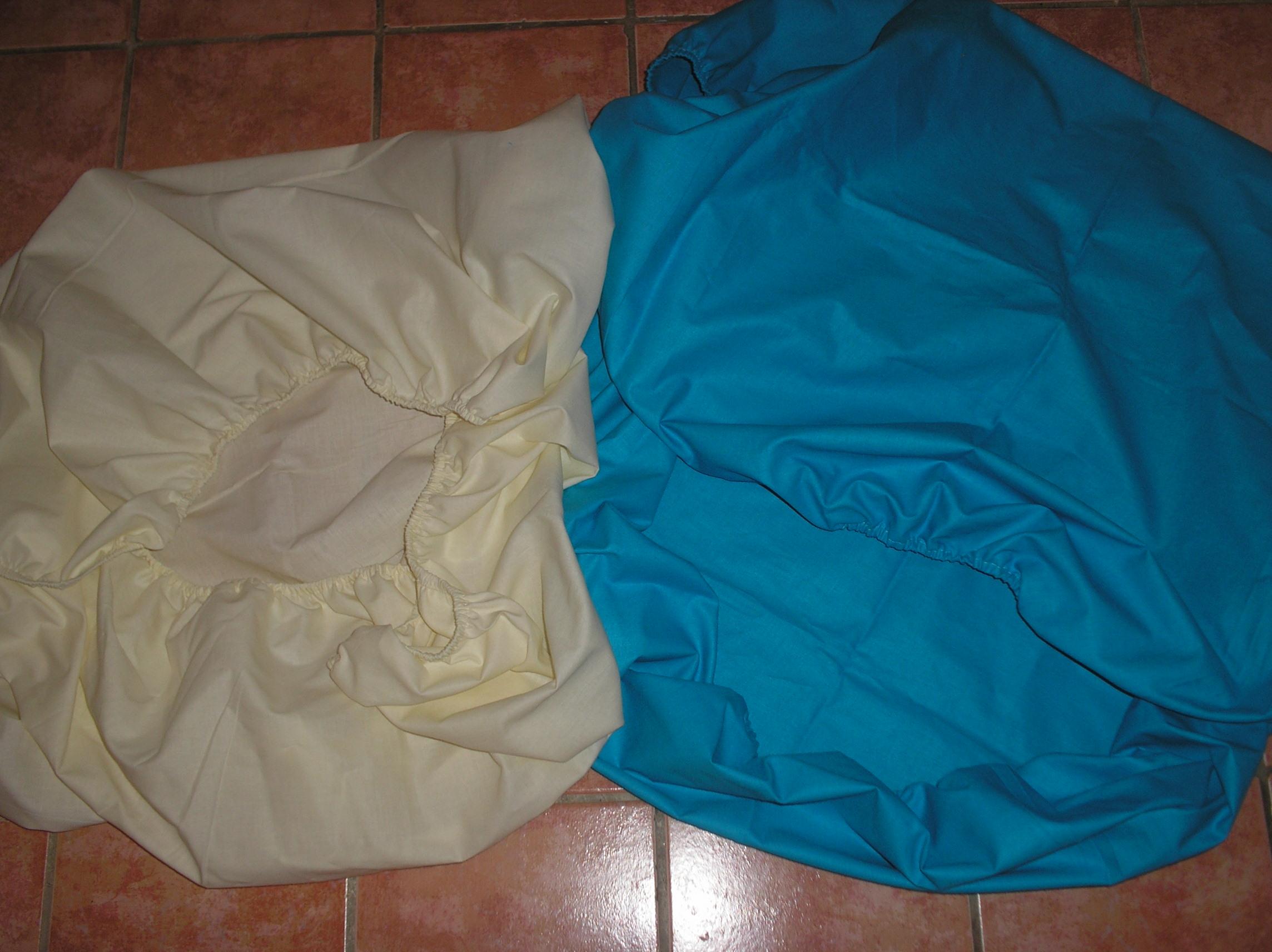 8. Lepedő 100% pamut körben gumis széllel, Pl. 120x60 normál matracra fehér szinben 1600ft szines 1700ft (+minta)